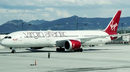 atlantique : Las Vegas, États-Unis - 19 avril 2019: Virgin Atlantic 787 Dreamliner arrivant à l'aéroport Las Vegas McCarran
