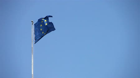 avrupa birliği : European flag in high wind