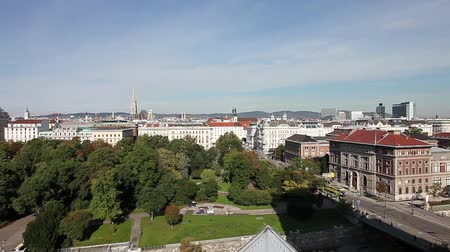 stadtpark : Aerial panning shot of the City Park in Vienna with the St.Stephans Cathedral in the back Stock Footage