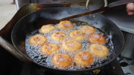 gram : South indian Food Vada
