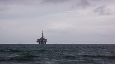 Offshore Oil Rig Time Lapse Video Wideo