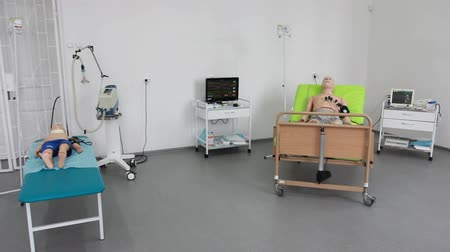 neonatology : a virtual medical trainers, simulators, phantoms, mannequins and robots