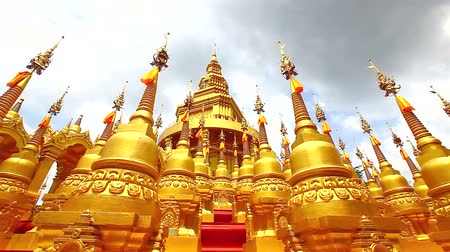 rzeźba : HD: Golden pagoda in Wat-Sawangboon temple at Saraburi province, Thailand, Panning with motion control device, 1920x1080 Wideo