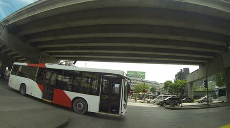 společenská místnost : Panama City, Panama - Nov 4: Metro Bus is the new system of massive transport in the area of Panama City in Nov 4, 2013. Actually have more than 3k buses for more than 40 routes. Dostupné videozáznamy