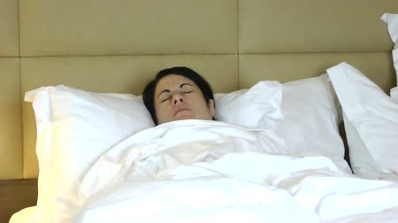 displeasure : Woman having a nightmare Stock Footage