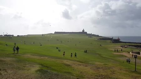 sziám : SAN JUAN, PUERTO RICO - AUG 2: Historic Fort San Felipe Del Morro in San Juan, Puerto Rico on Aug 2, 2017.