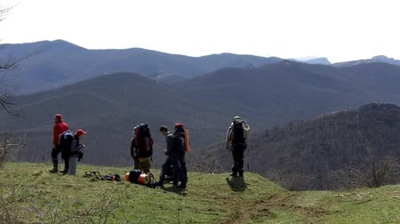 kopec : Hikers have a rest in mountains with great view
