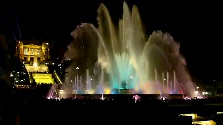 Барселона : Show of musical fountain in Barcelona, Spain