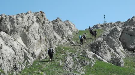поход : Hikers group trekking in Crimea