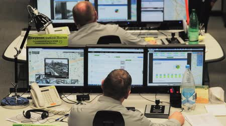 mise : Moscow, Russia - February 9, 2018: Operators work in road traffic control center