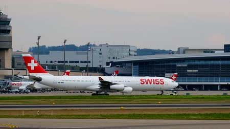 радар : Zurich, Switzerland - July 19, 2018: Zurich airport panoramic landscape at day time
