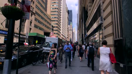 york : New York, USA - September 6, 2018: City life in Manhattan at day time Stock Footage