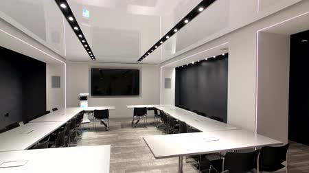 konvence : New York, USA - September 6, 2018: Empty conference hall in Microsoft store on 5th avenue in Manhattan Dostupné videozáznamy