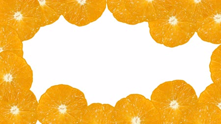 meyve suyu : Background with moving oranges on the white. Great for your dvd backgrounds, titles etc.