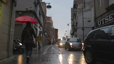 chuva : Street traffic after the rain. Timelapse. Vídeos