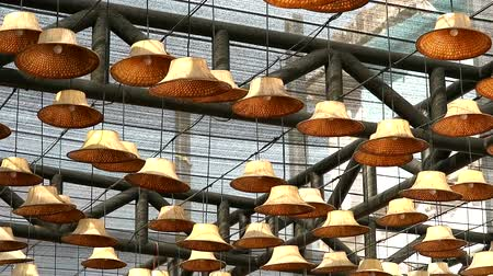 urlop : The hat made from leaves is used to decorate as a lamp on the ceiling