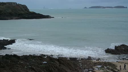 st malo : View of beach of Saint-Malo, walled port city in Brittany in northwestern France on English Channel