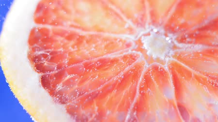 grejpfrut : grapefruit close-up under water