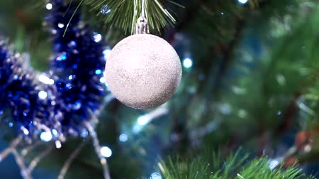 безделушка : Christmas tree decorations white ball
