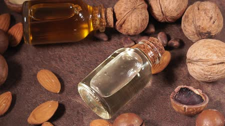 orzech : cosmetic oil made from walnuts, almonds and macadamia nuts