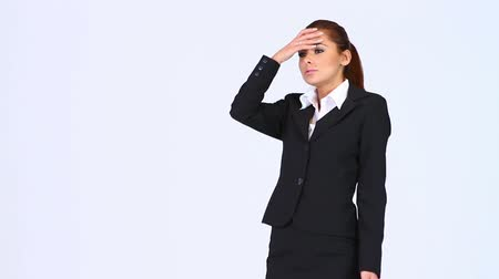 усталый : Young business woman with horrible headache Стоковые видеозаписи