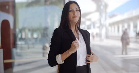 Beautiful Business Woman Standing and Looking Wideo