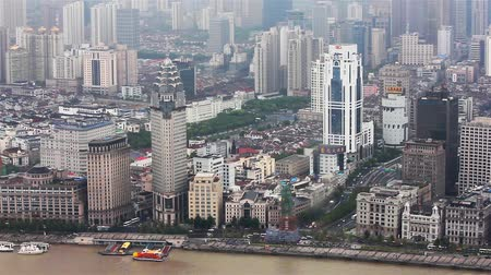 huangpu river : View of historic architecture of the Bund , facing the Huangpu river , Shanghai, China Stock Footage