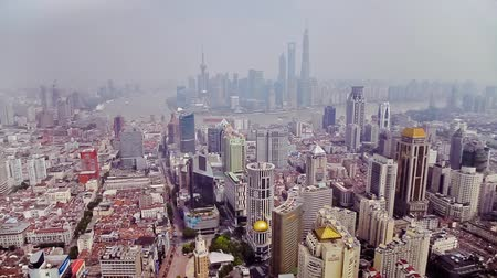 perły : SHANGHAI - SEP 06, 2013:Timelapse of Shanghai Lujiazui financial district and Huangpu river , Shanghai, China