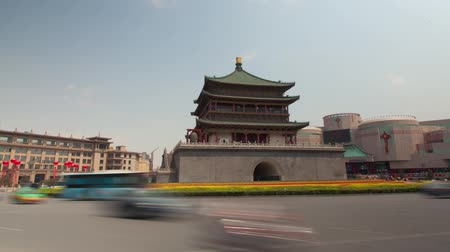 embouteillages : XI AN, CHINE - 12 avril 2013: Time-lapse du clocher de Xian