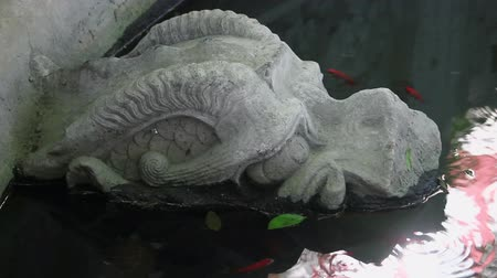 florescente : Stone sculpture of dragon fountain,xian,shaanxi,China
