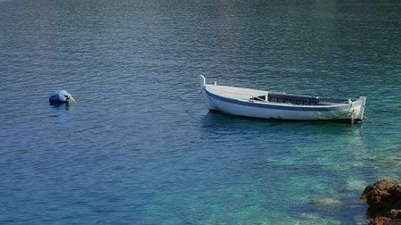 Средиземное море : Small fishing boat anchored in marine - Croatia, Peljesac peninsula.