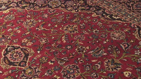 ornament kwiatowy : Typical Muslim carpet for praying in mosque. Wideo
