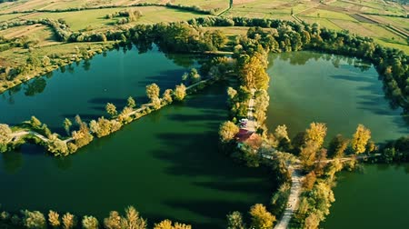 cultivar : Excavation of clay turned into a fish farming and lakes. A popular picnic place in Bedekovcina in Zagorje.