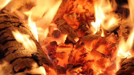 hamu : fire flames and hot coals