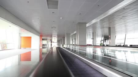 посылка : Interior of international airport