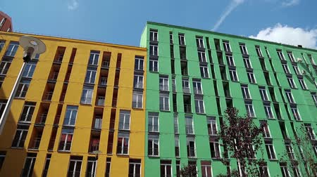 variegado : New buildings with many-coloured facades