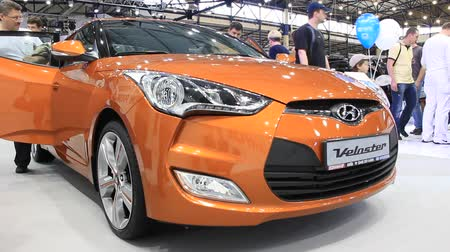anual : KIEV, UKRAINE, MAY 26, 2011: Hyundai Veloster at the yearly automotive-show SIA 2011.