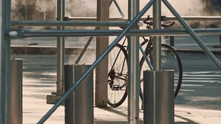 ponte : Bicycle on a street in Manhattan Stock Footage