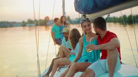 żaglówka : Party on the yacht. Young people is resting on a yacht. Weekend with friends on the yacht. Corporate party. Wideo