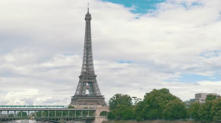 bir hakeim : Eiffel tower from a distance. Transport on Bir Hakeim bridge. Take a trip to France.
