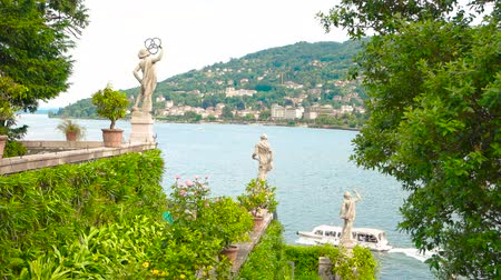 barok : Isola Bella garden view. Italy in summer.