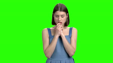 neutro : Thrilled nervous teen girl portrait. Puzzled scared woman. Green screen hromakey background for keying. Vídeos