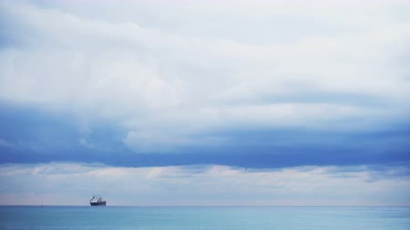 dia : Big ship on the horizon, blue sky. Adriatic sea