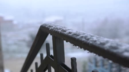 desolado : View of hand railing covered with snow. Close Up. Snowy Weather