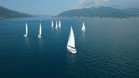 zeilboot : Aerial view of a sailing yacht regatta in the Adriatic sea Stockvideo