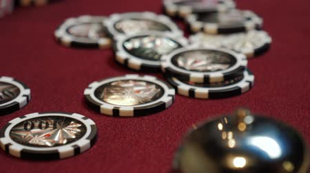 покер : Chips for gamble on poker table in casino. Chips close-up. Стоковые видеозаписи