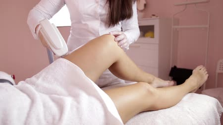 kotník : Feet girl. The concept of beauty and body care. ELOS hair removal. Laser hair removal. Photoepilation.