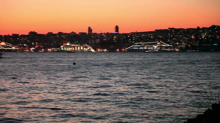 večer : Istanbul at the night pan shoot Dostupné videozáznamy