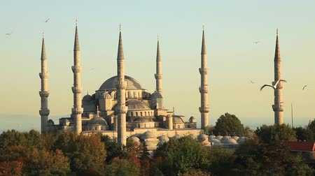 минарет : blue mosque at Istanbul turkey