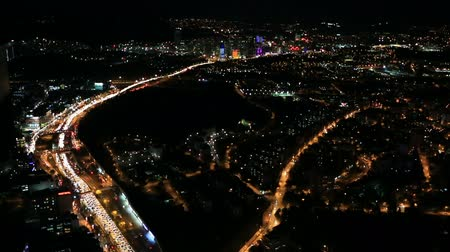 ночная жизнь : aerial view night city traffic time lapse Стоковые видеозаписи